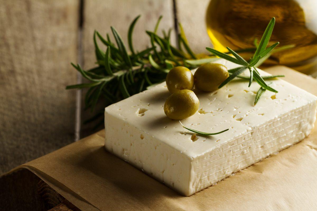 Receta: Queso en aceite de oliva