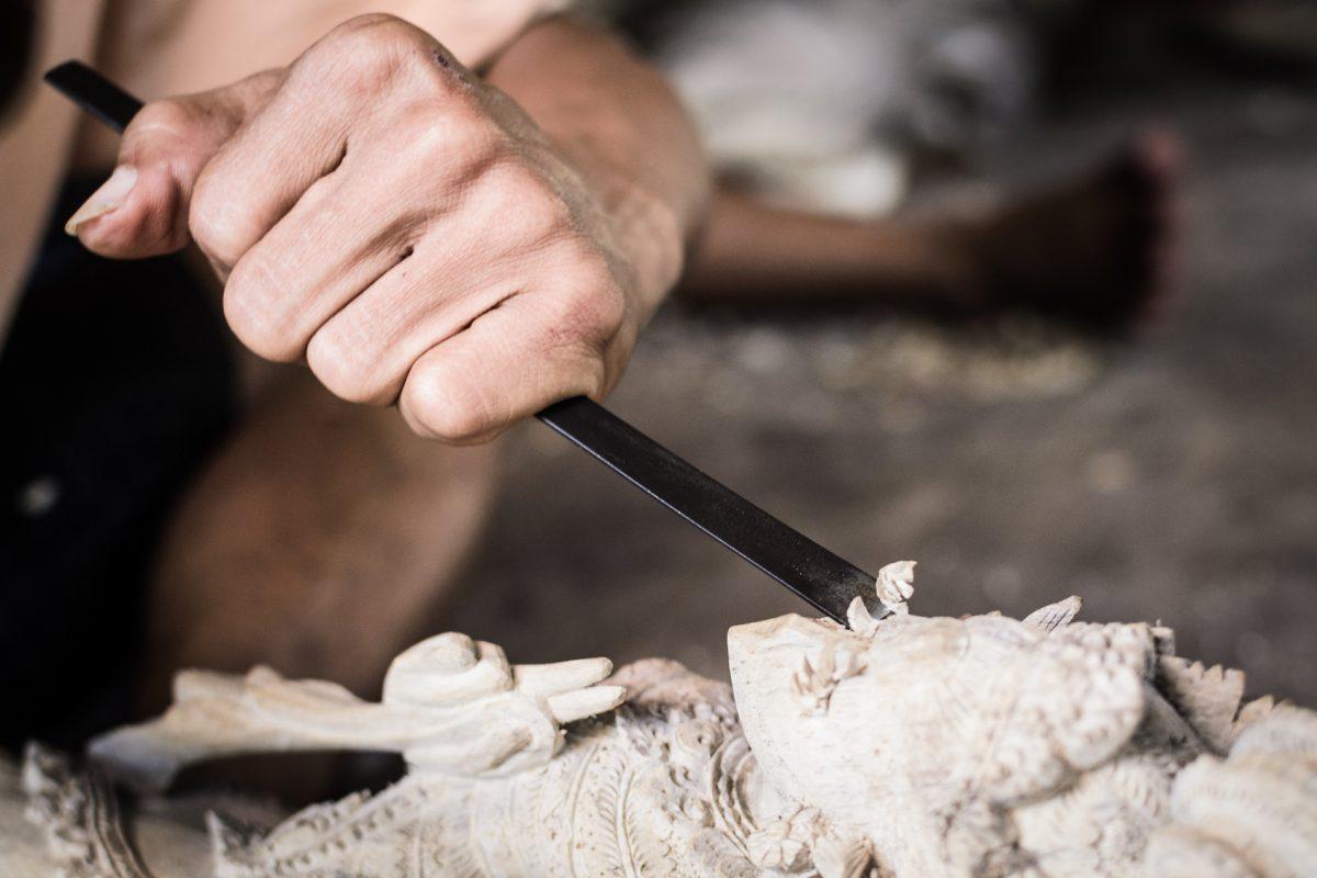Conoce la artesanía de madera de olivo