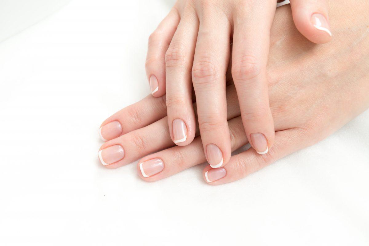5 Recetas para cuidar tus uñas con Aceite de oliva