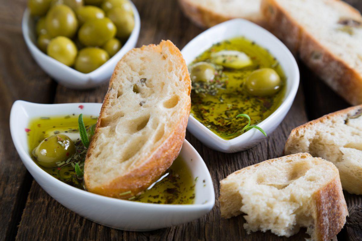 Receta: Pan con Aceite de Oliva